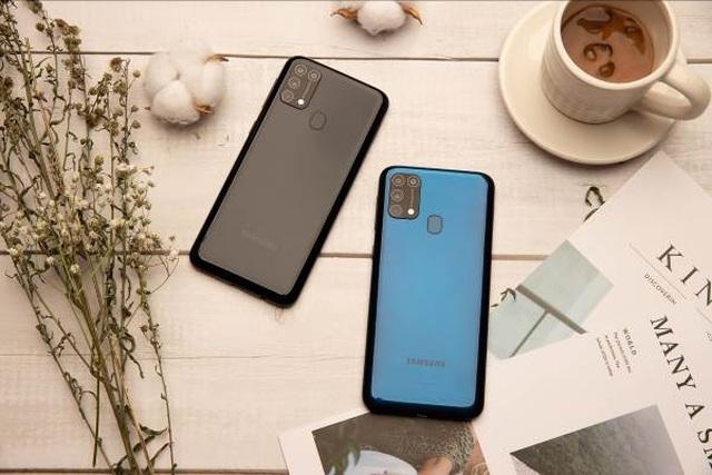 Pin 6000 mAh của Samsung Galaxy M31 khủng đến mức nào? - 2