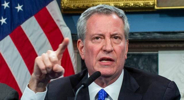 Thị trưởng New York cảnh báo một nửa dân số thành phố có thể mắc Covid-19 - 1
