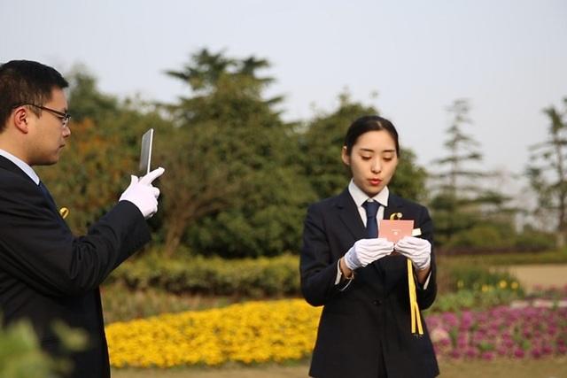 Trung Quốc: Dịch vụ Tảo mộ online trong Tết Thanh minh thời Covid-19 - 1