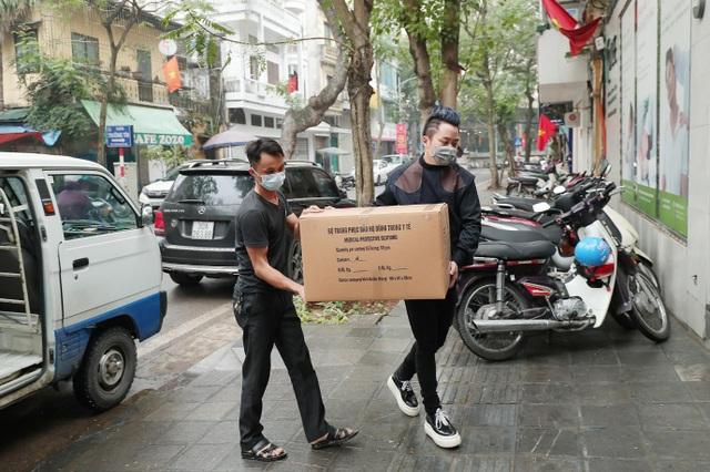 Nội thất Kenli đồng hành cùng ca sĩ Tùng Dương chung tay chống dịch Covid - 19 - 3