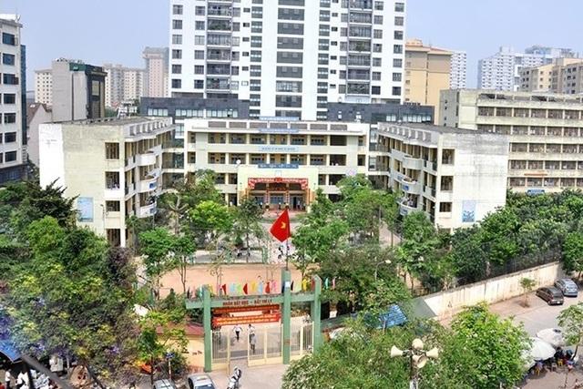 Hà Nội: Một trường THPT ủng hộ 500 triệu đồng chống dịch Covid-19 - 2
