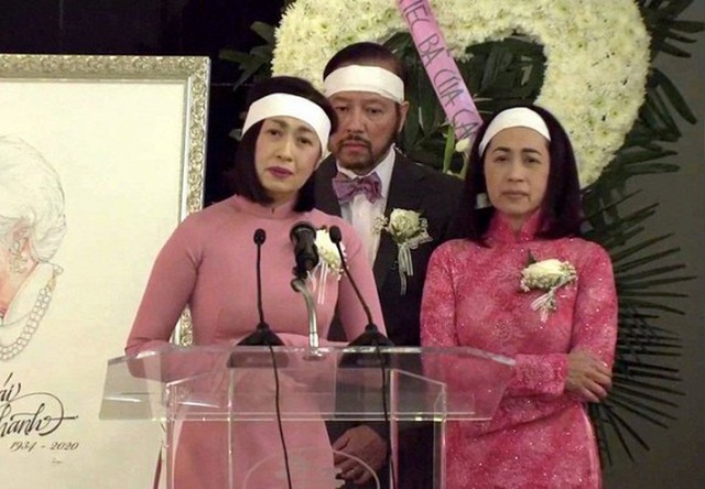 Vì sao danh ca Ý Lan mặc trang phục màu hồng trong đám tang mẹ Thái Thanh? - 1