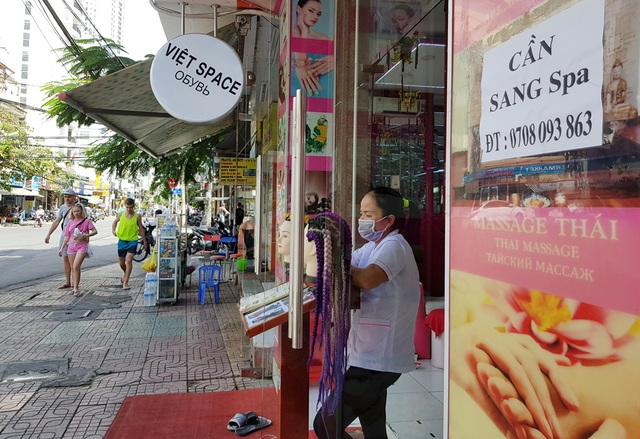 Khánh Hòa: Lao động mất việc quyết học ngoại ngữ chờ hết dịch Covid-19 - 1
