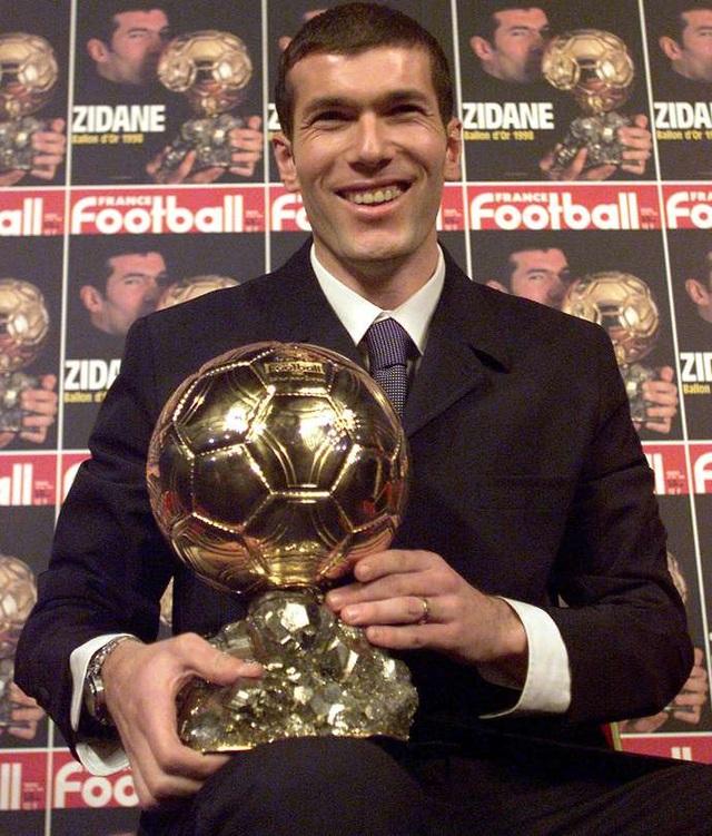 8 ngôi sao có bảng thành tích hoàn hảo hơn Messi, C.Ronaldo - 5