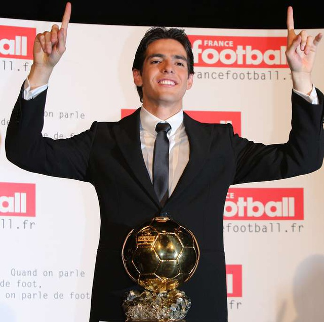 8 ngôi sao có bảng thành tích hoàn hảo hơn Messi, C.Ronaldo - 8