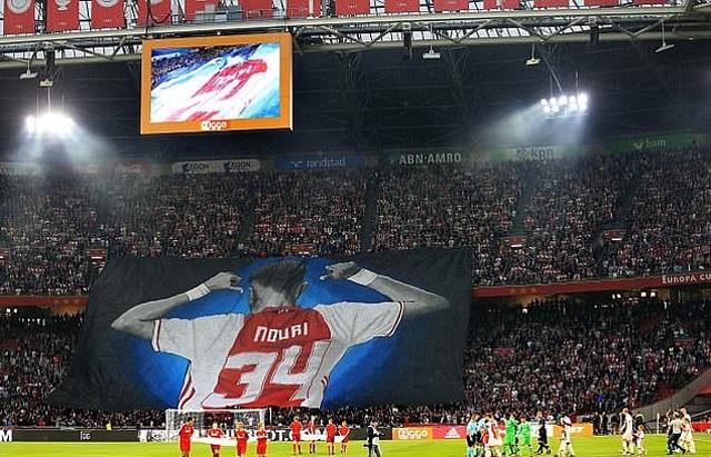Tiền vệ Ajax hồi tỉnh kỳ diệu sau gần 3 năm sống thực vật - 3