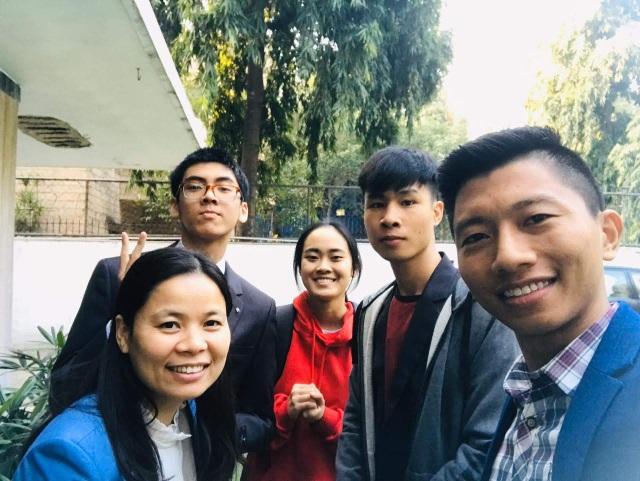 """Du học sinh Việt tại """"tâm dịch"""" New Dellhi: Ăn trứng thay thịt... - 7"""