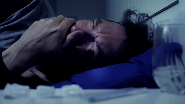 Có những triệu chứng này khi ngủ, cảnh báo phổi tổn thương có thể dẫn tới ung thư - 1