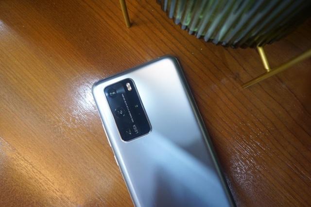 Cận cảnh Huawei P40 Pro tại Việt Nam - 4