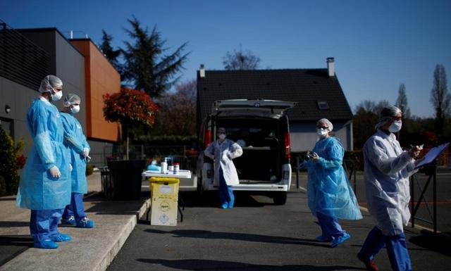 Nữ sinh Pháp 16 tuổi tử vong vì biến thể virus corona đặc biệt nguy hiểm - 1