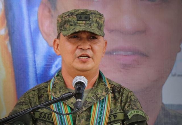 Tư lệnh quân đội Philippines mắc Covid-19 - 1