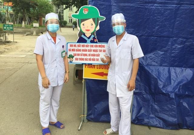 Thanh niên ngành y tế tự chế mặt nạ ngăn giọt bắn phòng, chống Covid-19 - 5