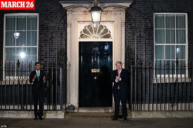 Thủ tướng Anh bị nghi phớt lờ khuyến cáo phòng dịch trước khi mắc Covid-19 - 4
