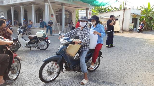 Vĩnh Long: Điều xe chữa cháy cấp nước sạch cho người dân vùng mặn - 4