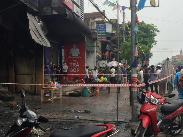 Hiện trường vụ cháy khiến 2 ông cháu tử vong - 4