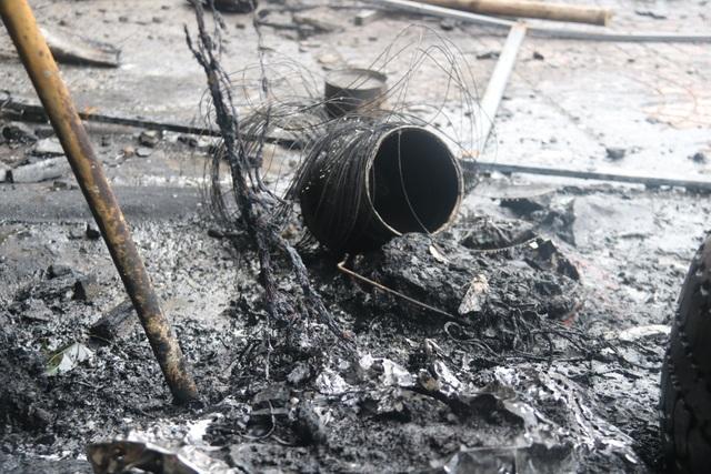 Hiện trường vụ cháy khiến 2 ông cháu tử vong - 3