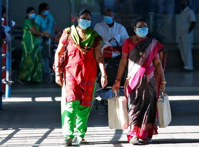 """Ca """"siêu lây nhiễm"""" Ấn Độ: Lây cho 19 người, làm 40.000 người bị cách ly - 1"""