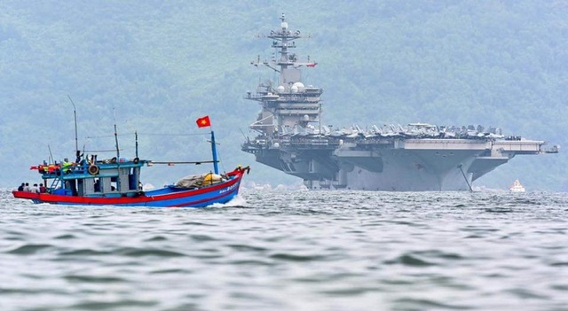 Thủy thủ tàu sân bay Mỹ thăm Đà Nẵng mắc Covid: Chưa xác định nguồn lây - 1