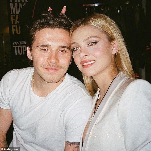 Brooklyn Beckham chuyển tới sống cùng bạn gái hơn tuổi - 2
