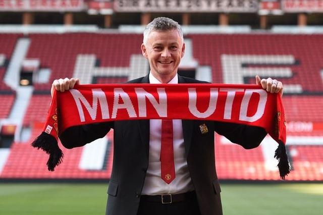 """Solskjaer đang đi """"đúng đường"""" sau 1 năm chính thức quản lý Man Utd - 1"""