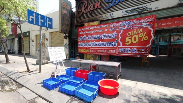 """Người Sài Gòn đồng lòng sống """"14 ngày vàng"""" chống dịch - 5"""