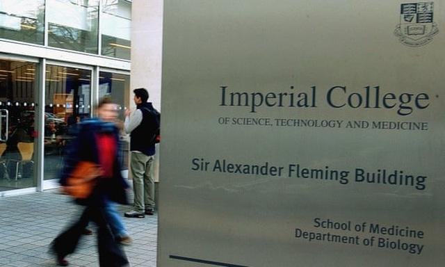 Anh: Đại học Hoàng gia London thi tốt nghiệp online mùa Covid-19 - 1