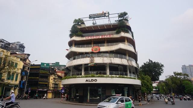Tòa nhà từng bị dè bỉu một thời trở thành điểm check-in hot ở Hà Nội - 4