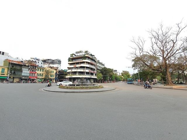 Tòa nhà từng bị dè bỉu một thời trở thành điểm check-in hot ở Hà Nội - 9