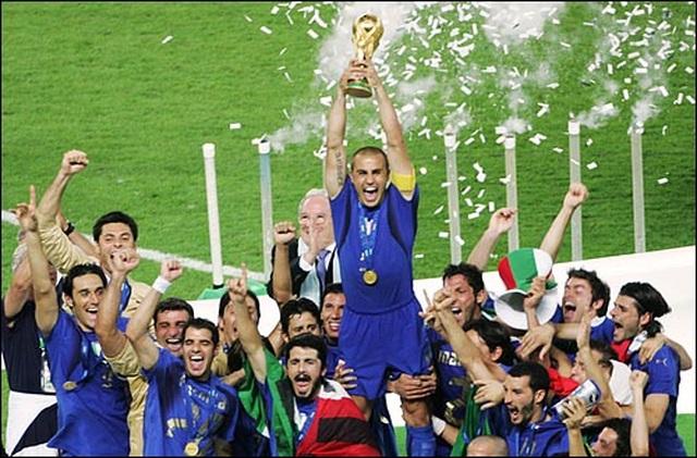 Bóng ma Calciopoli và chức vô địch World Cup đẫm nước mắt của Italia - 4