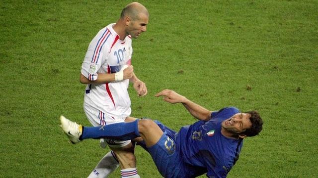 Bóng ma Calciopoli và chức vô địch World Cup đẫm nước mắt của Italia - 3