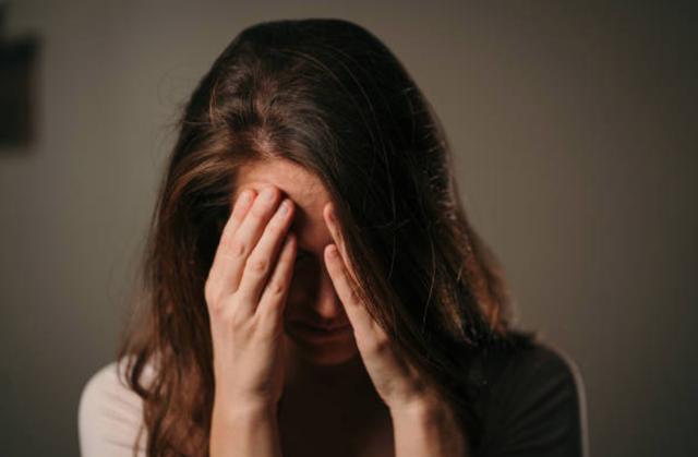 Có nên lấy người từng ly hôn vì đã ngoại tình? - 1