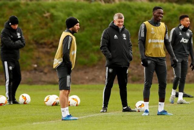 """Solskjaer đang đi """"đúng đường"""" sau 1 năm chính thức quản lý Man Utd - 2"""