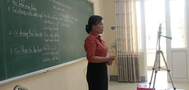 Những lớp học chỉ có thầy, cô giữa mùa dịch Covid-19 - 10