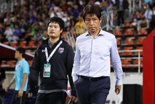 HLV đội tuyển Thái Lan có nguy cơ bị giảm 50% lương - 1