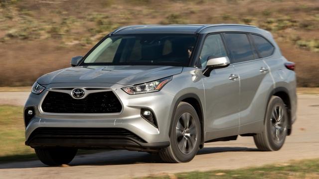 Toyota triệu hồi 43.000 chiếc Highlander vì lỗi chết máy - 1
