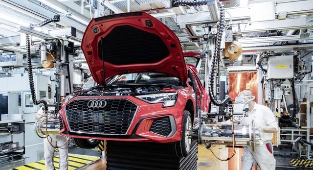 Ngành ô tô Đức có nguy cơ mất gần 100.000 việc làm - 1