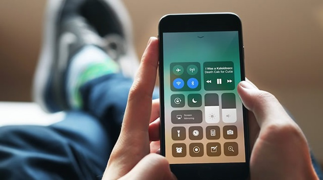 Bản cập nhật mới của iPhone gây nhiều lỗi nghiêm trọng - 1
