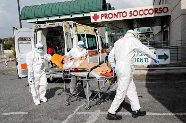 Số ca mắc Covid-19 ở Italia vượt 100.000 người - 1