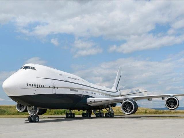 Khám phá nội thất xa xỉ bên trong chiếc máy bay tư nhân lớn nhất thế giới - 1