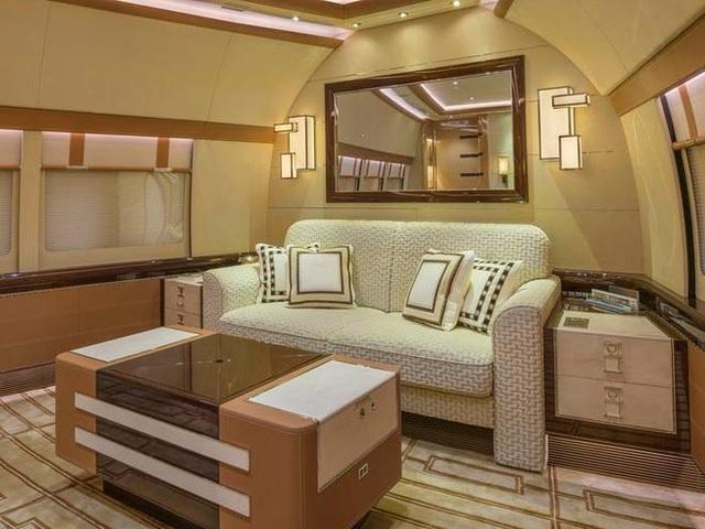 Khám phá nội thất xa xỉ bên trong chiếc máy bay tư nhân lớn nhất thế giới - 4