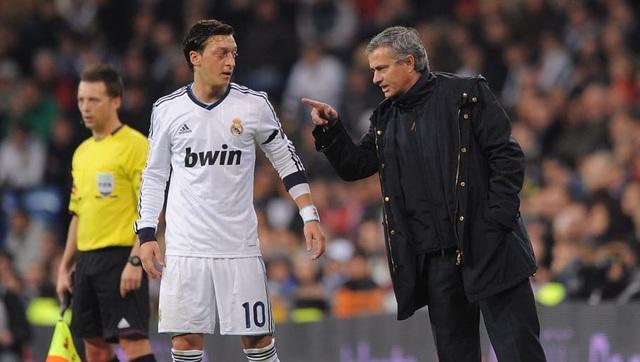 HLV Mourinho phát hiện ra đội hình học trò xuất sắc số 1 - 4