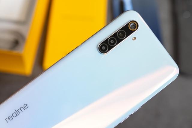 Đập hộp Realme 6 màn hình 90Hz giá từ 6 triệu đồng - 2