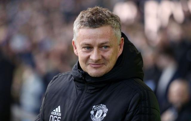 """Solskjaer: """"Vợ , và bạn gái có thể giúp cầu thủ Man Utd tập luyện"""" - 1"""