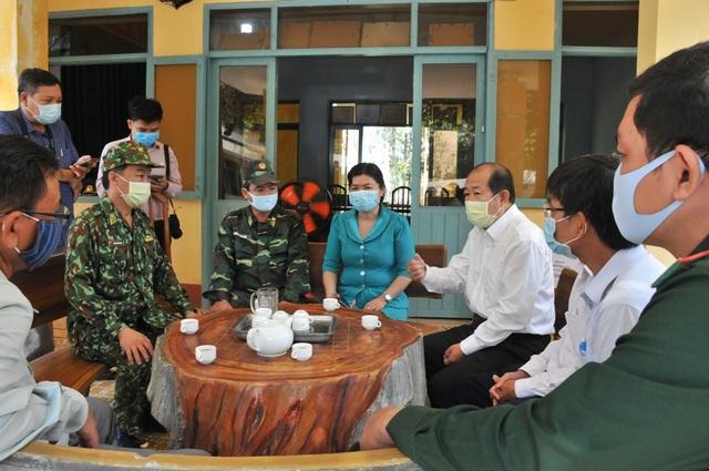11 trường hợp về đến từ bệnh viện Bạch Mai âm tính với SARS-CoV-2 - 2
