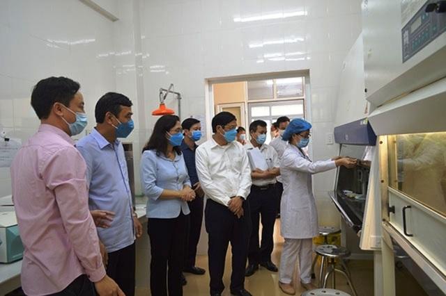 Sở Y tế Thái Bình nói về việc đàm phán giảm giá máy xét nghiệm Covid-19 - 1