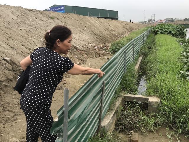 """Đất nông nghiệp bị """"cô lập"""" giữa dự án, dân tập trung phản đối - 7"""