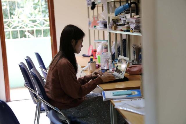 Giảng viên tuyệt đối không di chuyển khỏi nơi cư trú, tiếp tục dạy online - 1