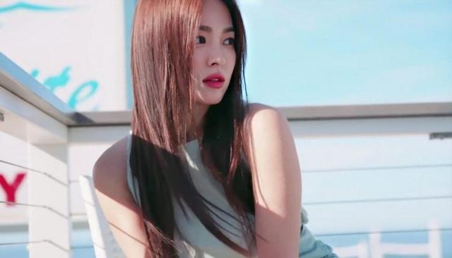 """Song Hye Kyo hậu ly hôn: """"Tôi thích một mình lúc nửa đêm"""" - 14"""