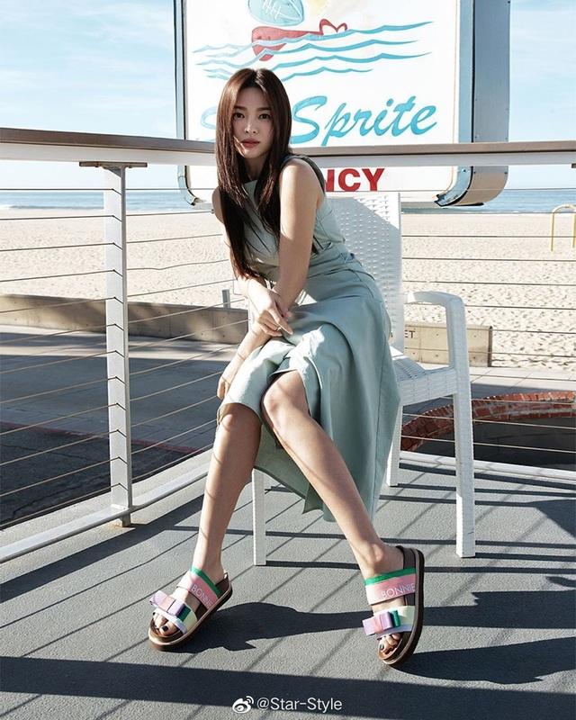 """Song Hye Kyo hậu ly hôn: """"Tôi thích một mình lúc nửa đêm"""" - 2"""