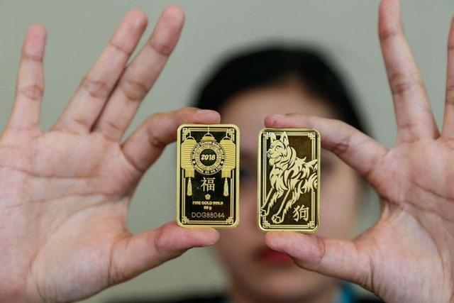 Giá vàng thế giới tăng kỷ lục 20% trong quý đầu năm 2020 - 1